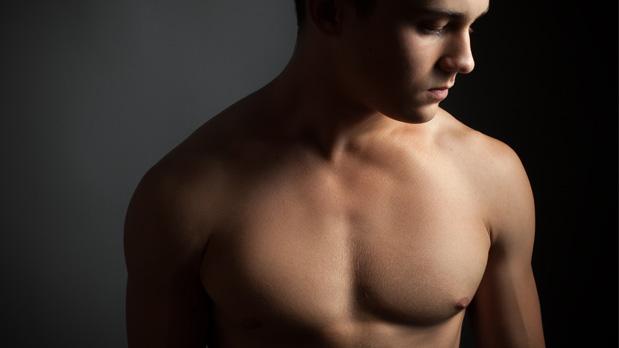 Come eliminare il seno maschile