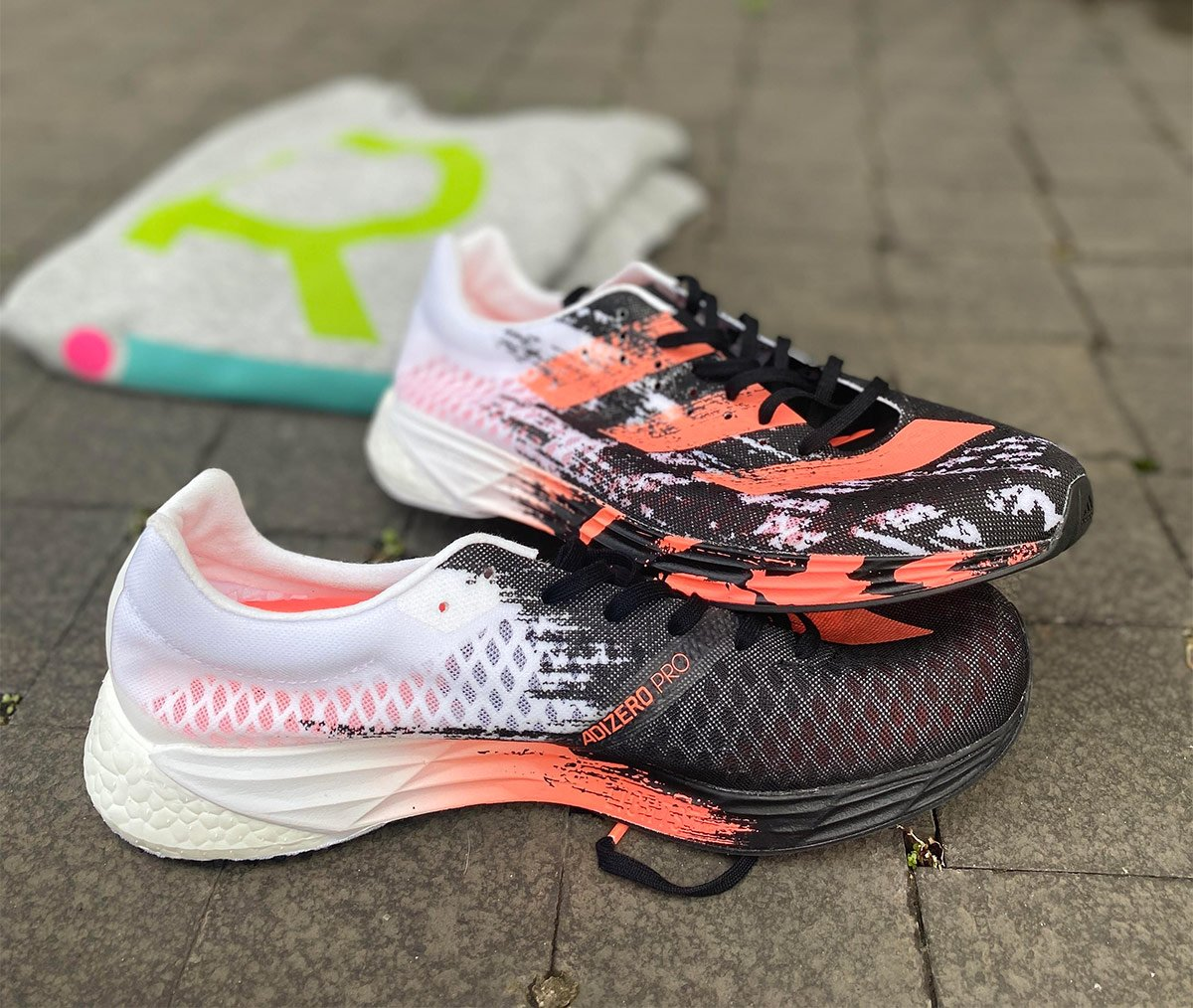 Adidas Adizero Pro, tecnologia