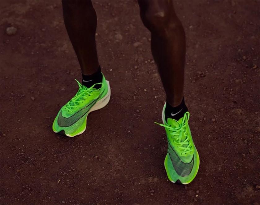 scarpe da running con piastra in carbonio, novità